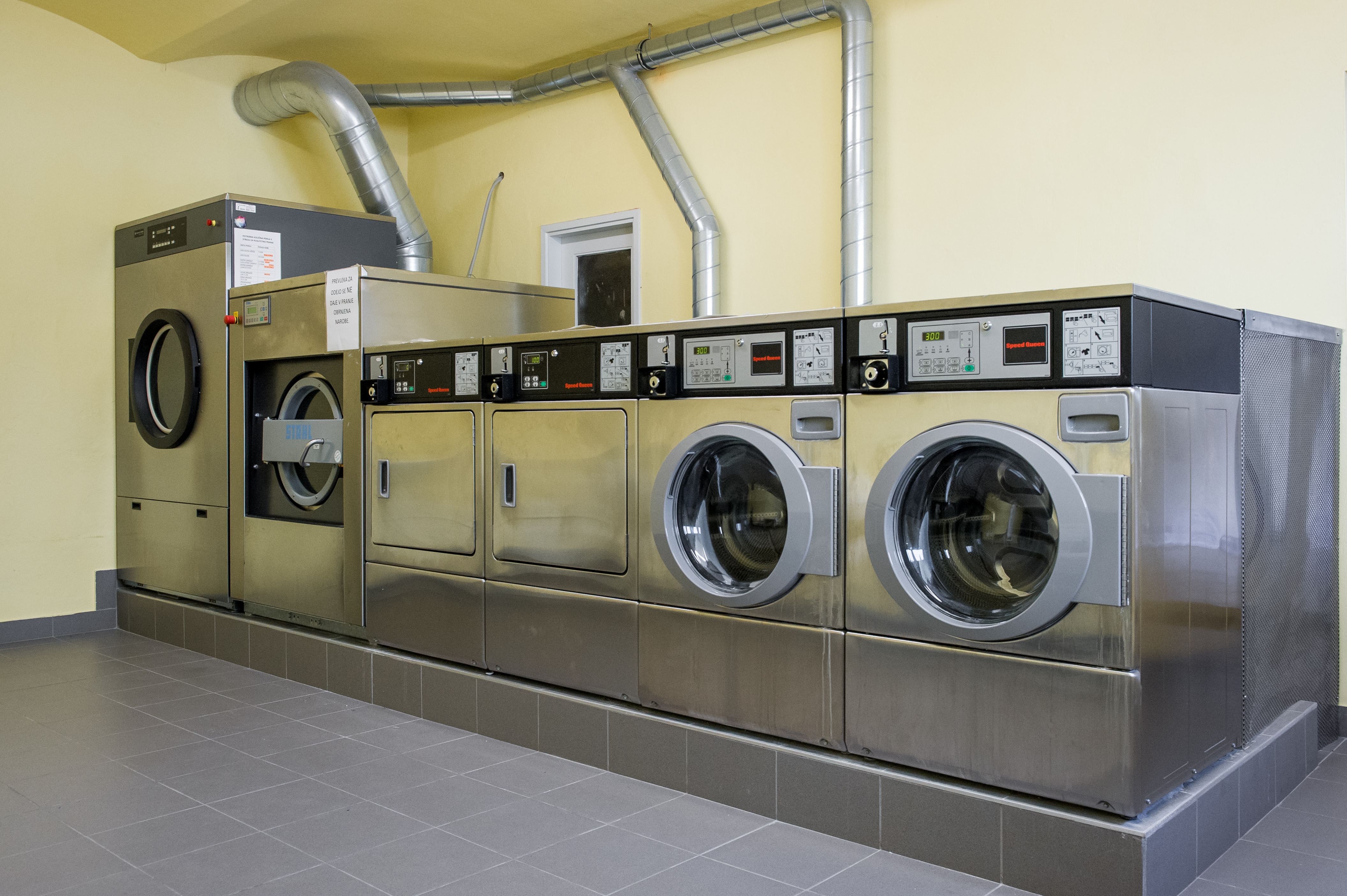 Self Service Laundry ~ Gallery hotel emonec